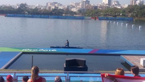 Isaquias Queiroz no Estádio de Remo da Lagoa